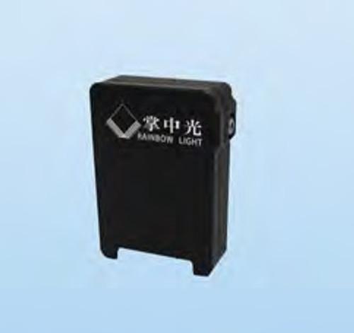 CDM-02 (4.2-5 nm FWHM)