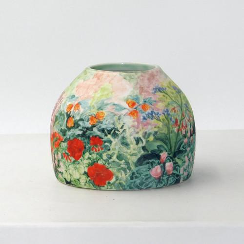 Flower Pot by Isabella Edwards - EDI.023