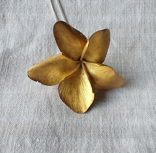 Botanical Necklace Frangipani 22ct Gold Plated by Anja Jagsch - JAA.020