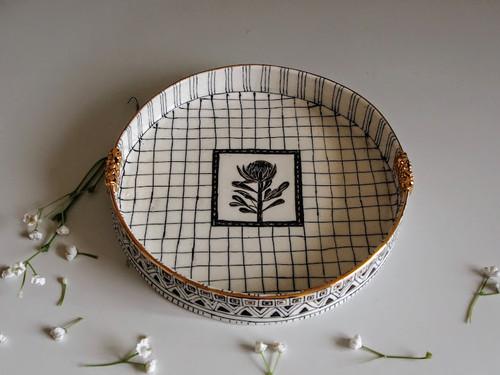 Round Plate Flower by Helen Shin - SHH.007