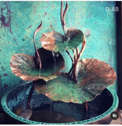 3 Leaves Fountain by Annie Storey - STA.007