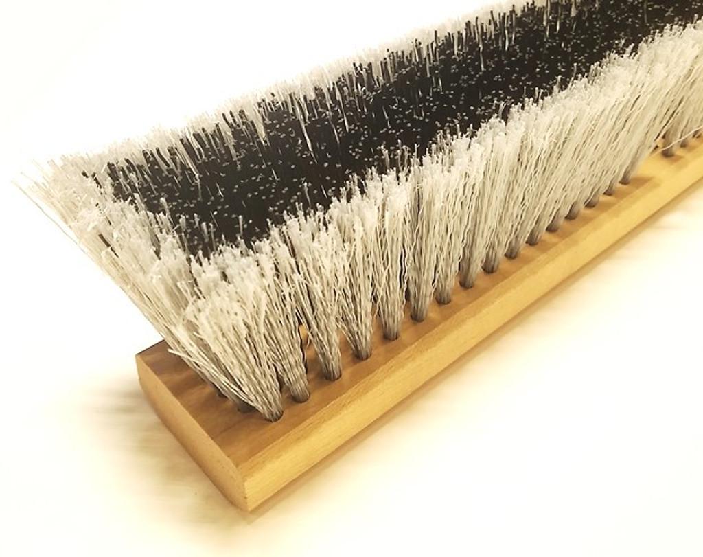multi-surface push broom head