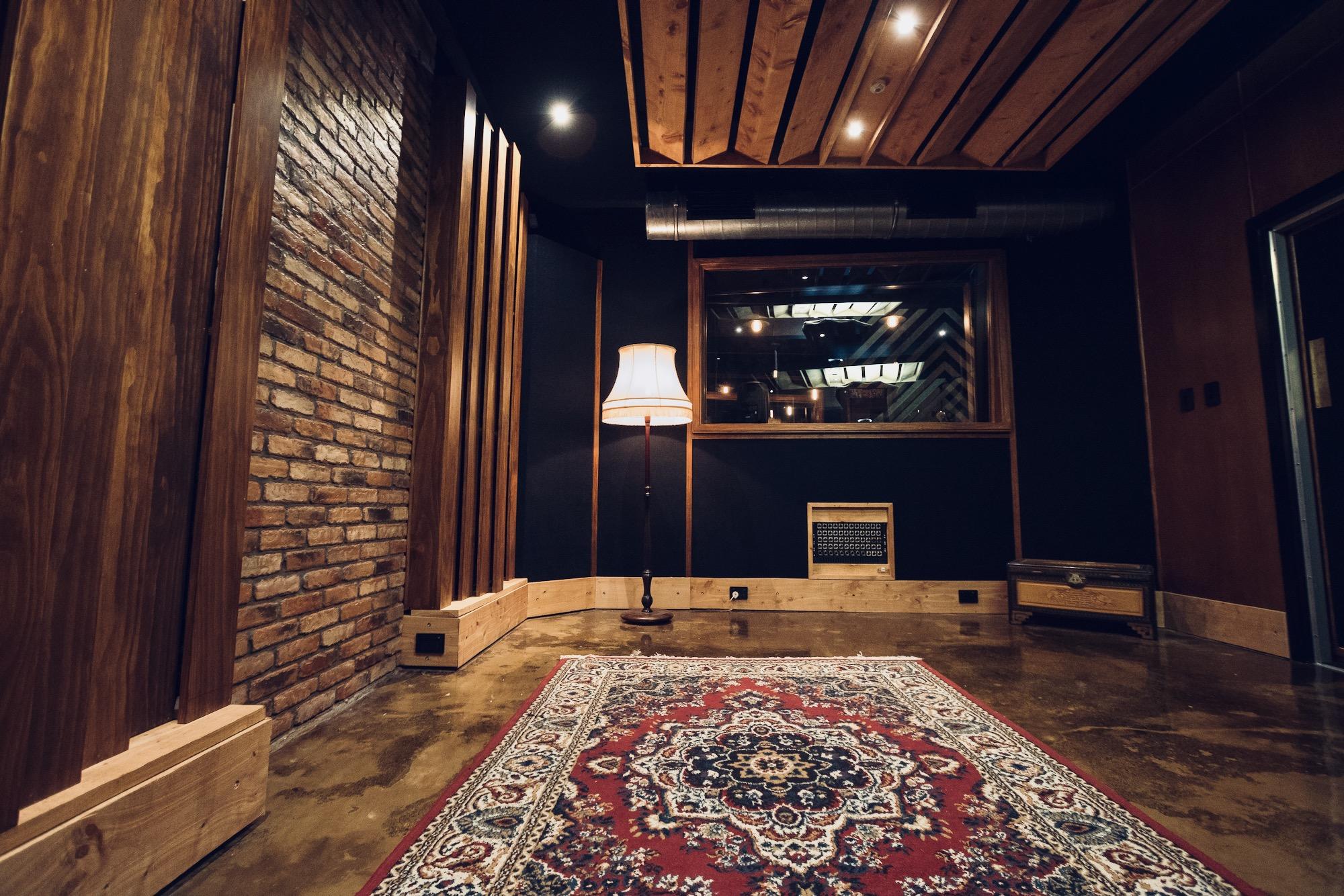 live-room.jpg