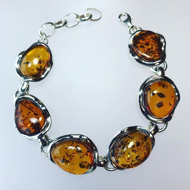 Amber Bracelet 1492
