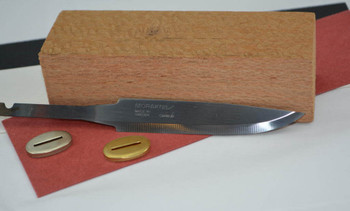 Mora 95 with Silky Oak block