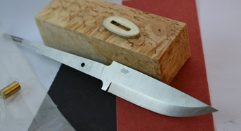 EnZo Nordic 95/01 blade, Curly Birch (Super grade) knife handle block, red or black vulcanized fibre spacer (select one) and the matching bolster in nickel silver.