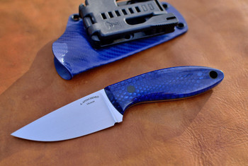 Great example of use of Blue Juma, knife from Afonchenkoknives.com