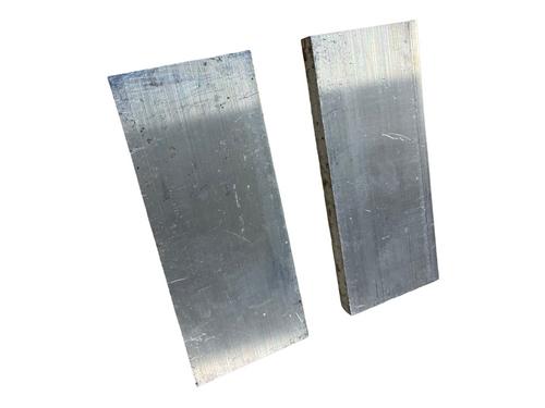 Aluminium Scales, 8 mm x 2
