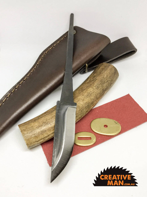 This kit comes with the Polar 95 mm blade, not Polar 77 mm like shown in the photos, so slightly longer