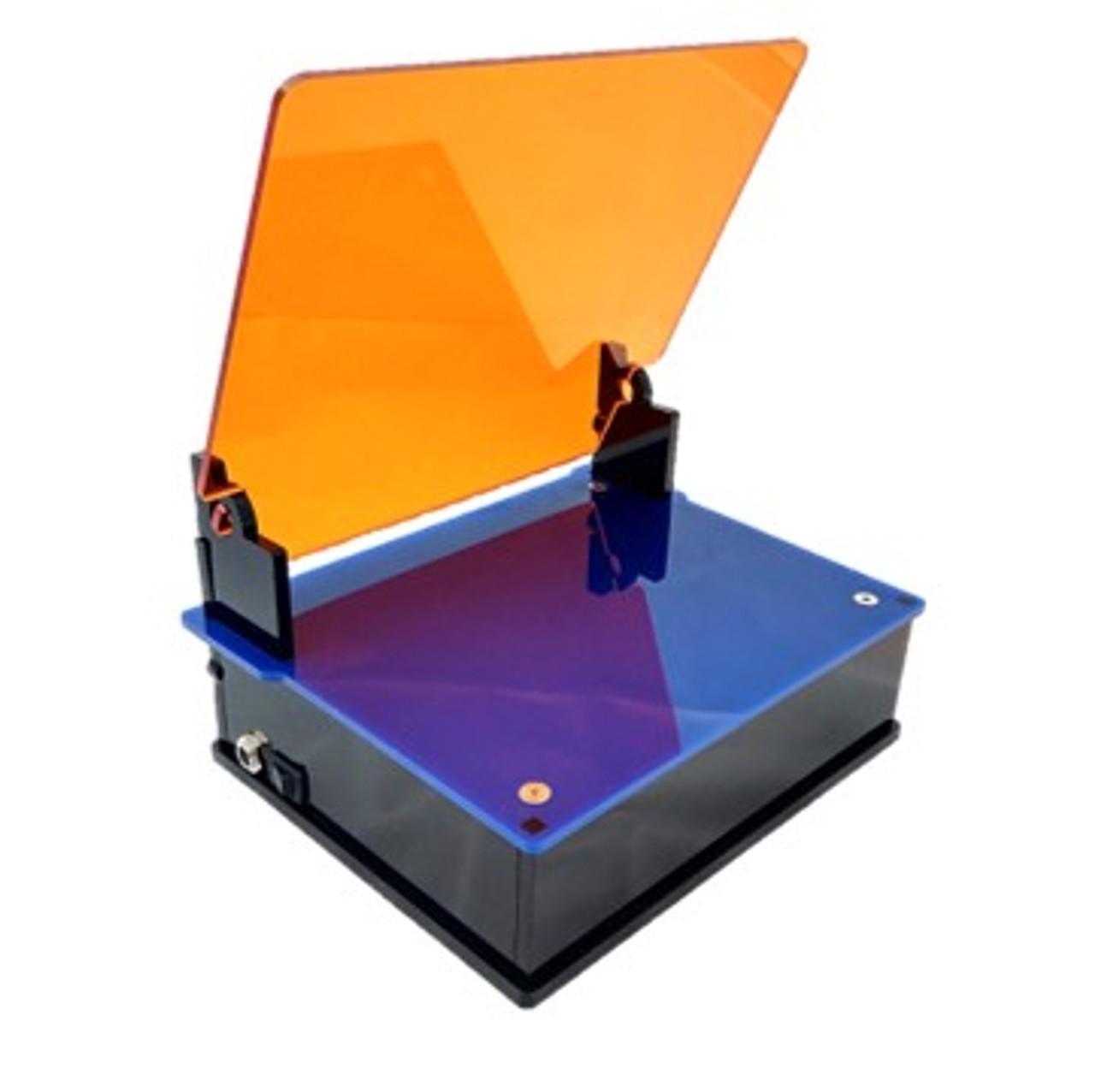 Blue box transilluminator Std