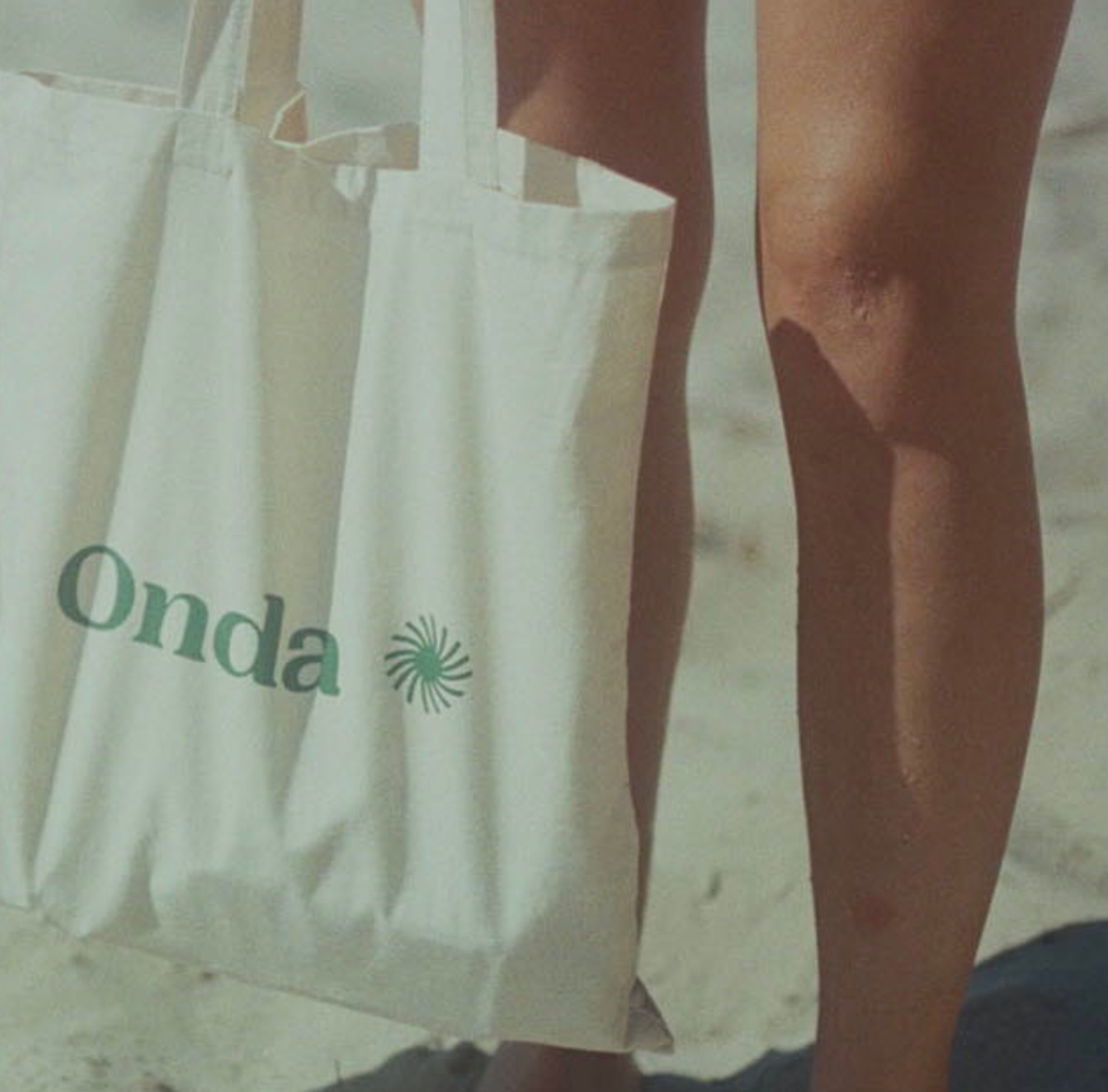 Onda Tote Bag