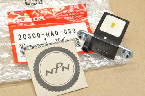 NOS Honda ATC125 ATC200 ATC250 FL400 NX250 TR200 TRX125 TRX200 TRX250 Pick Up Pulse Generator 30300-HA0-033