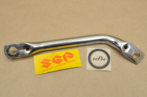 NOS Suzuki 1977-79 GS400 1979 GS425 Chrome Rear Grab Sissy Bar 41611-44000