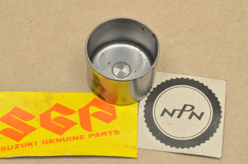 NOS Suzuki GS1000 GS1100 GS400 GS425 GS450 GS550 GS650 GS750 GS850 Valve Lifter Tappet Cover 12891-45000