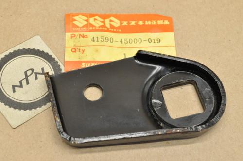 NOS Suzuki GN400 GS1000 GS550 GS750 GS850 Turn Signal Bracket 41590-45000