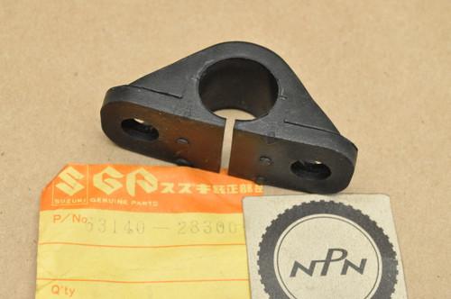 NOS Suzuki TM100 TM125 TM250 TM400 Rear Fender Brace Mount Bushing 63140-28300