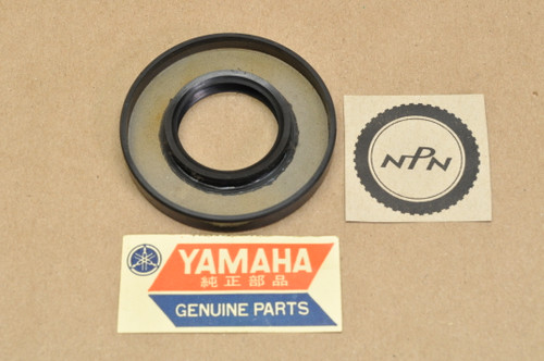 NOS Yamaha DS6 TD1 TD2 YDS3 YM1 Drive Axle Oil Seal 93102-30025