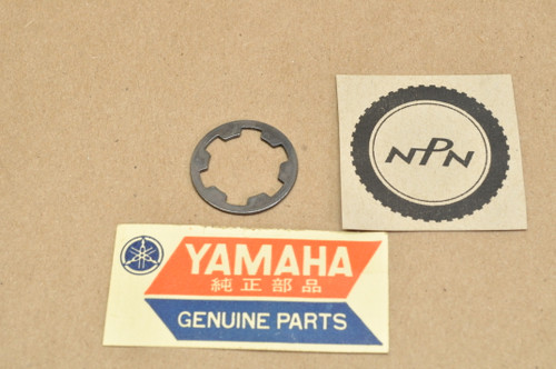NOS Yamaha BW200 YFM200 SR185 TW200 XT125 XT200 YZ125 Washer 90209-16209