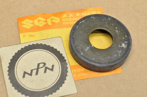 NOS Suzuki LT-F160 LT160 LT230 LT250 LT300 Swingarm Dust Seal 61262-22A00