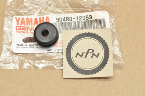NOS Yamaha IT425 FJ600 DT400 XJ700 XS1100 XS850 RD400 Grommet 90480-12053