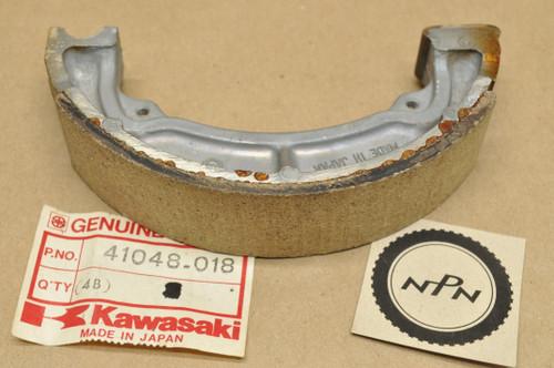 NOS Kawasaki KDX250 KE250 KL250 KLF220 KLT250 KX250 KXT250 Brake Shoe 41048-018