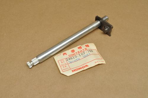 NOS HONDA CB100 CL100 SL100 SL125 TL125 GEARSHIFT SHAFT SPINDLE 24610-107-760