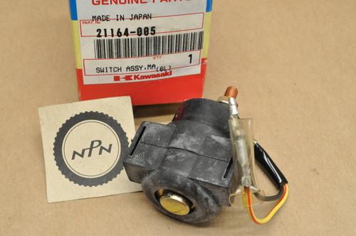 NOS Kawasaki KLT200 KLT250 KZ1000 KZ200 KZ250 KZ650 KZ700 KZ750 Starter Relay Solenoid Switch 21164-005