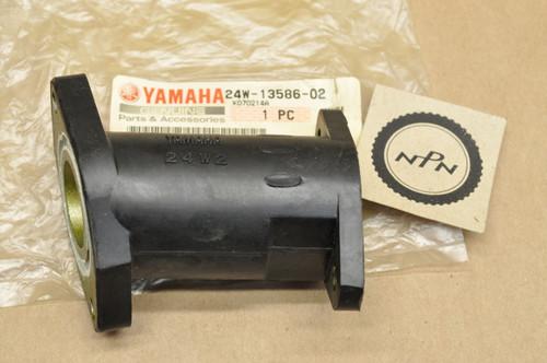 NOS Yamaha 1989 YFU1 Pro-4 Pro Hauler 1983-85 YTM200 Tri-Moto Carburetor Boot Joint 24W-13586-02