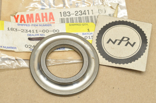 NOS Yamaha R5 RD250 RD350 RD400 RZ350 TA125 TD2 TR2 TZ250 TZ350 XV250 YLCM YX600 Steering Ball Race 183-23411-00