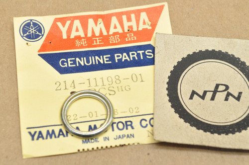 NOS YAMAHA SPRING XV XVZ 13 17 1300 1700 YZ IT 250 426 490 90501-13720-00