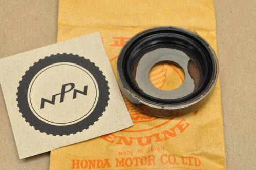 NOS Honda CB450 CB77 CL350 FT500 GB500 MT250 SL350 XL250 XL600 XR200 XR500 Dust Seal Cap 52144-356-005