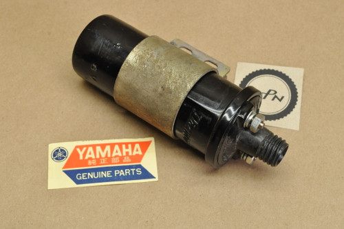 NOS Yamaha YDS2 YDS3 YM1 Ignition Coil 152-82310-20