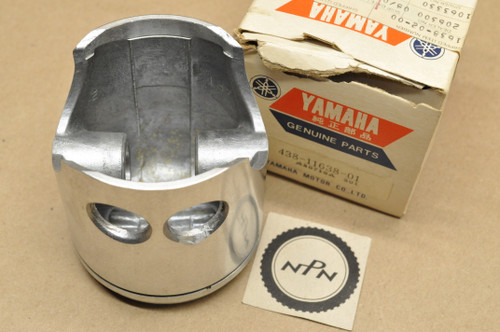 NOS Yamaha 1975-76 DT250 1974-77 TY250 1.00 Oversize Piston 71.00 mm 438-11638-01