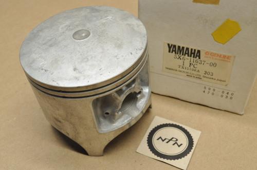 NOS Yamaha 1983 YZ490 0.75 Oversize Piston 5X6-11637-00