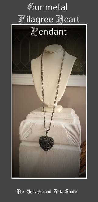 GUNMETAL FILIGREE HEART PENDANT