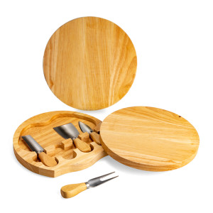 round cheeseboard set made from oak wood