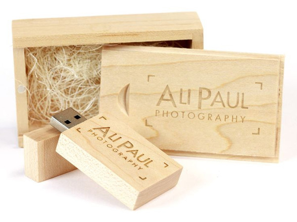 maple wooden USB flash drive and small wooden box