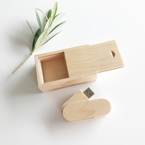 maple wood swivel usb flash drive with small box packaging