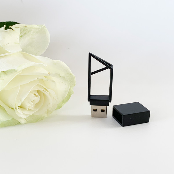 Geometric style usb flash drive