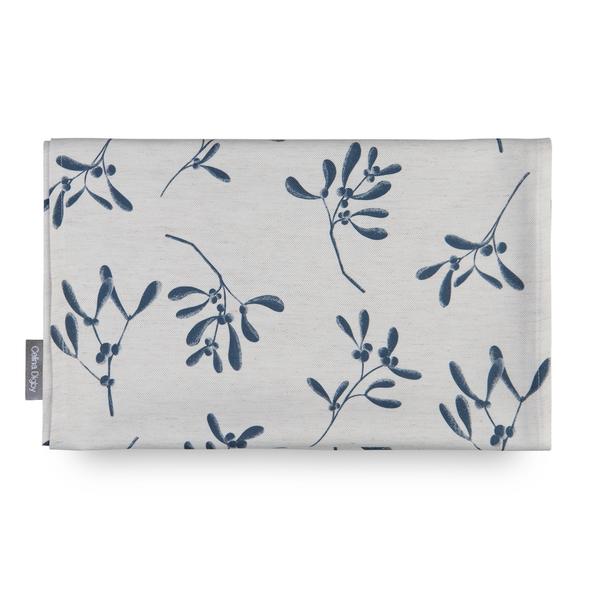 Christmas Tablecloths - Mistletoe Natural