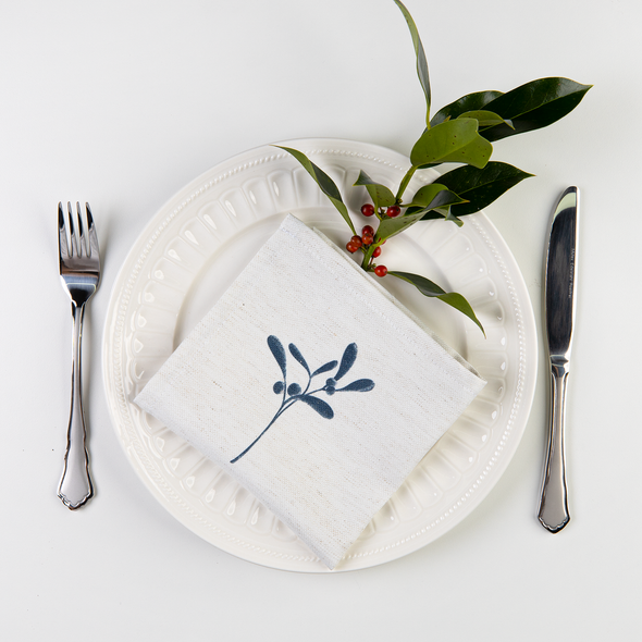 Christmas Napkins - Mistletoe Natural (37cm)