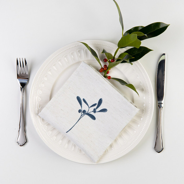 Christmas Napkins - Mistletoe Natural (32cm)