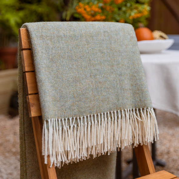 Luxurious 100% Wool Herringbone Blanket - Olive Green