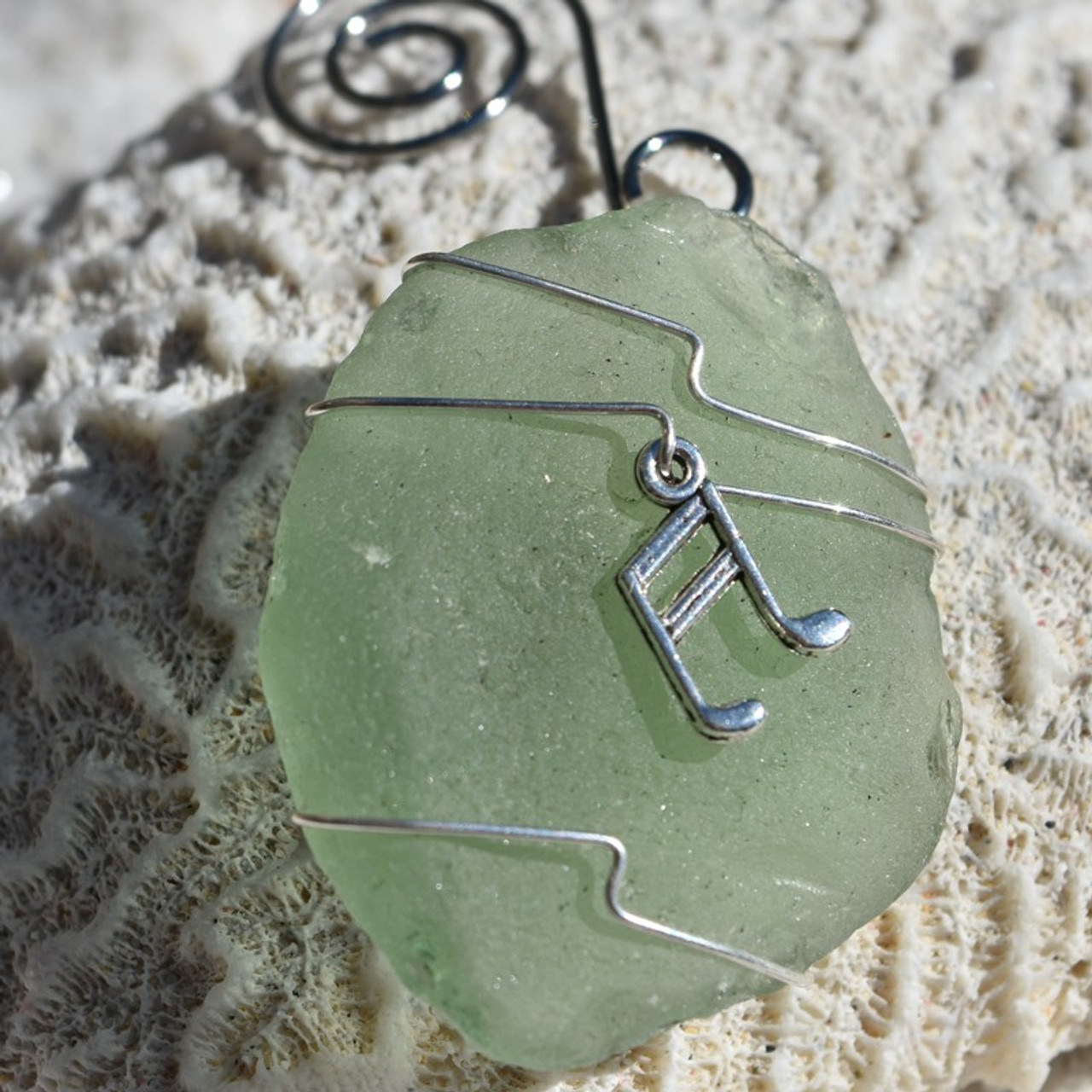 Wire Wrapped Musical Note Ornament