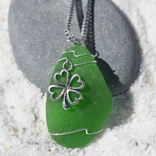 Irish Clover Necklace
