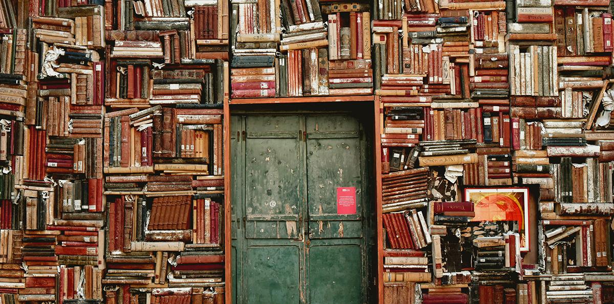 books-1655783-red-hisat-website.jpg