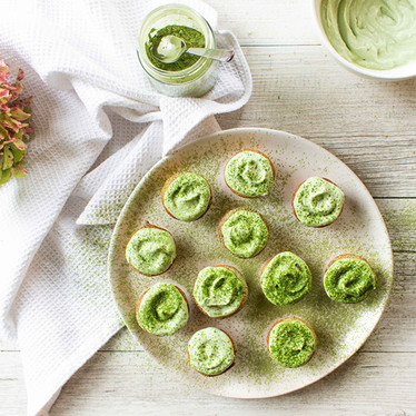 Mini Muffins With Matcha Frosting