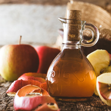 7 Healthy Reasons To Sip Apple Cider Vinegar