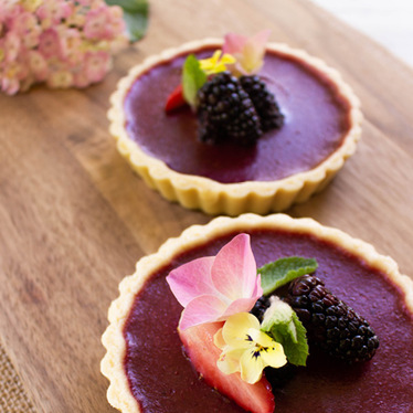 No-Bake Summer Berry Tart