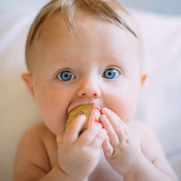 Natural Remedies to Relieve Teething Pain